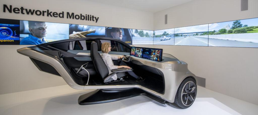 Continental Driving Simulator IAA 2019